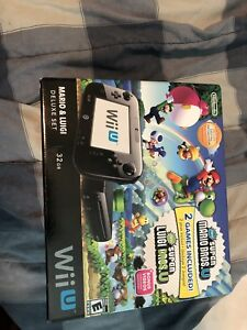 32GB wii u. Barely used. Lots of games/accessories.