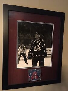 Joe Sakic Signed Framed  Photo