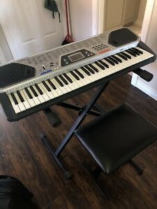 RadioShack MD-982 Keyboard With stand and bench