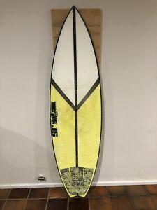 "Surfboard JS Monsta box Hyfi 5""11 swallow tail"