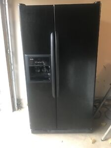 Kenmore Black Double Door Fridge