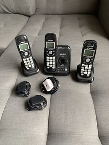 Vtech cordless telephone and answering system-3 handsets