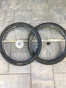 Specialized Roval Traverse 29er wheels