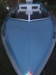 Baja Checkmate speed boat and trailer(no motor)