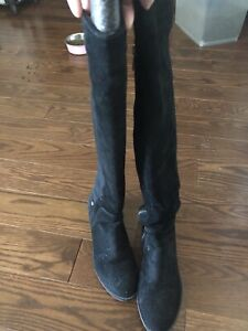 Micheal Kors 50/50 boots size 6