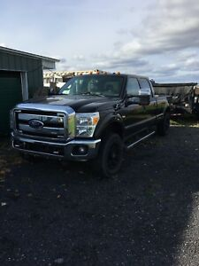 Ford F-250 Noir 2011 Lariat King Cab