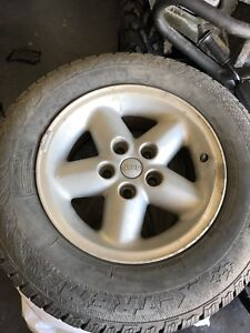 205/75R15 Jeep rims with winter tires