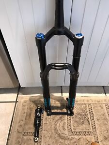 FOX PERFORMANCE FORKS AND SHOCK