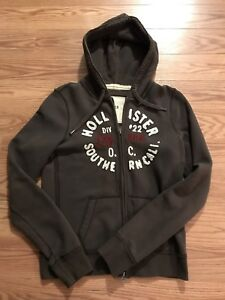 Women's Hollister Sweater - Size Large