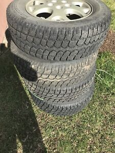 Tires with rims P 215/70R16
