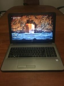 HP 15.6'' Touch Screen Laptop i7-7500 Garantie 2 Mois