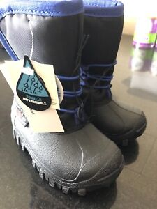 Brand New Size 6 Winter Boots