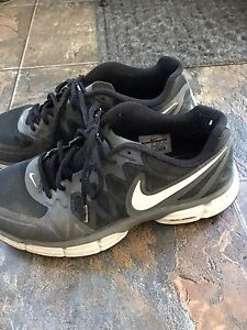 For Sale: Men's size 9 Nike sneakers
