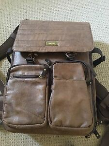 MATIN Frenzy-300 Brown Vintage Rucksack DSLR backpack Skye Frankston Area Preview