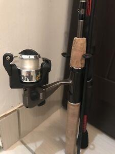 Canne à pêche—Fishing Rod