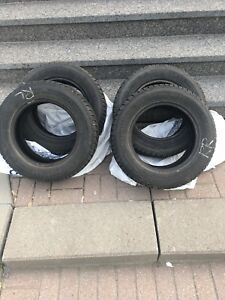 Winter tires for sale / pneus d'hiver à vendre