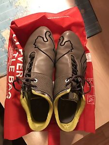 Soulier puma / puma shoes