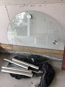 3.5ft round thick glass table. BRAND NEW!