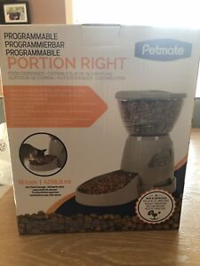 Programmable Portion Right Food Dispenser