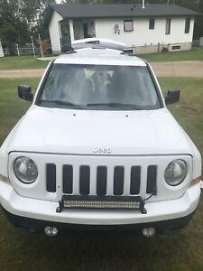 PRICE DROP to $8,500.00 2014 Jeep Patriot North 4x4