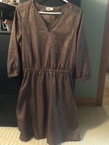 Lands End size 6 Dress (fits small)