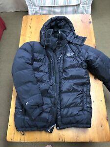 Men's L Mountain Hardwear winter coat