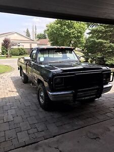 1991 dodge w150 4x4 pickup (still for sale if ads up)