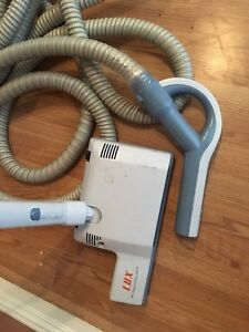 Central vac vacuum hose and heads
