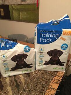 Puppy training pads .(139  pads )