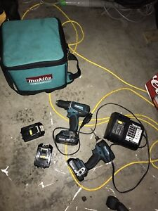 Makita 18v drill and impact set with 4 batteries
