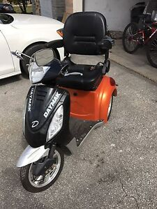 Daymak Electric scooter rickshaw mobility 2014-2015