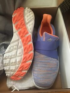 Size 9 adidas golf shoes