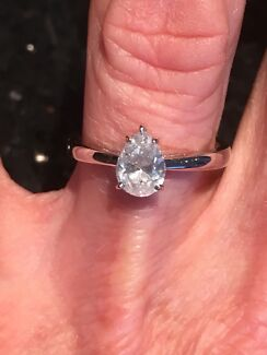 1.01CT HAND MADE PEAR SHAPED DIAMOND SOLITAIRE RING