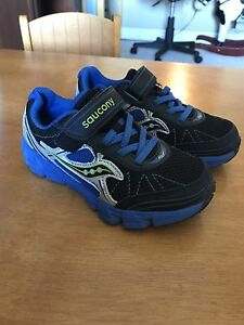Saucony toddler 11wide