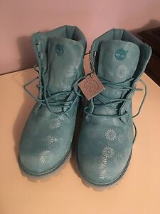Timberland boots $65 - youth 6 / women's 8