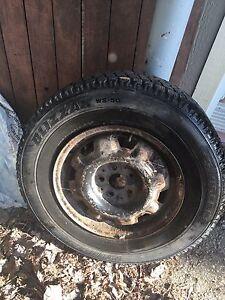 4 pneus d'hiver sur jantes Brigestone Blizzak