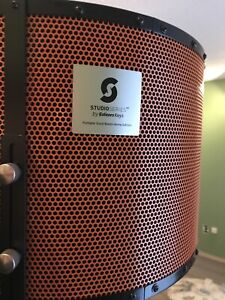 SL600 StudioSeries portable vocal booth