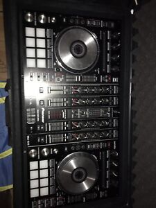 Like New Pioneer DDJ SX2 With Travel Case