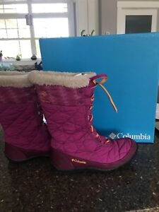 Girls Columbia winter boots, size 4
