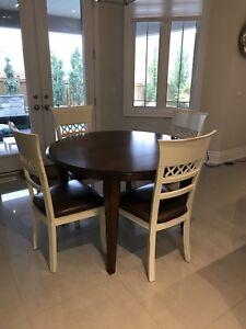 Dining table, bar stools, bottle holder