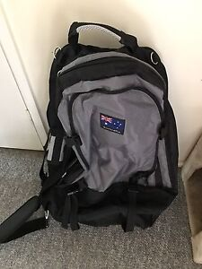 Backpacks and suitcase Charnwood Belconnen Area Preview
