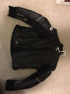 Joe rocket M biking jacket