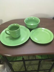 16 piece complete set of dishes