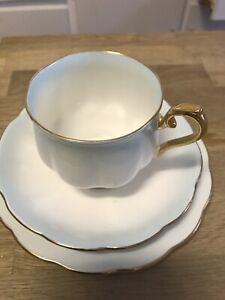Trio teacup set, royal Albert, bone China Oak Flats Shellharbour Area Preview