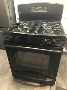 Black Natural Gas GE Oven