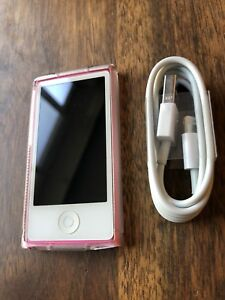 Excellent Cond. 7th Gen Pink iPod Nano 16GB + New Accessories