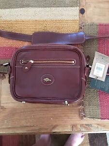 deb27efd653 Roots Bags Bags   Buy or Sell Women's Bags & Wallets in Ottawa ...