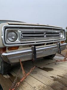 1973 Dodge D100 adventurer