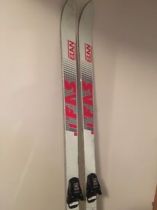 Skis size 180 cm