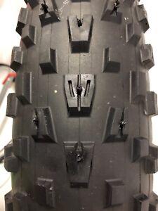 Pose de vis pour pneus fat bike fatbike clouté clous studded